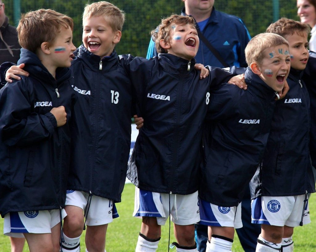 football, team, game-2391697.jpg
